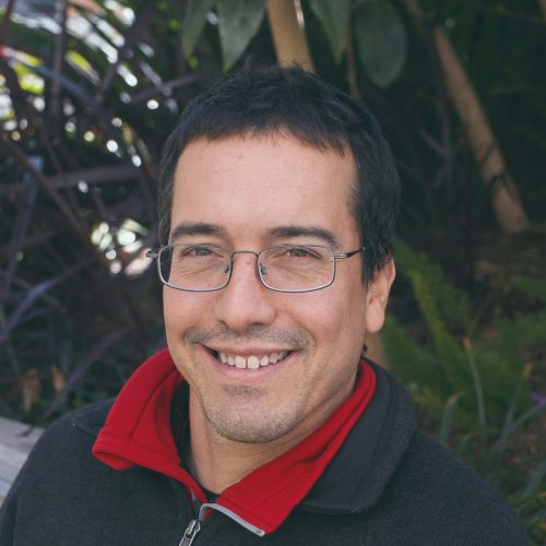 Dr Luis Mata
