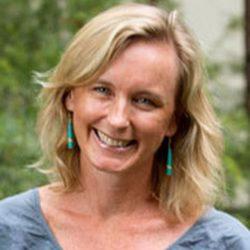 Associate Professor Wendy Steele