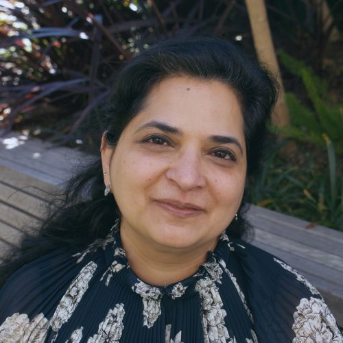 Dr Bhavna Middha