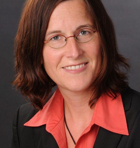 Dr Annette Kroen